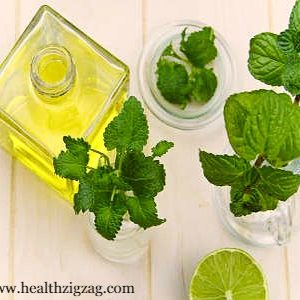 9 Simple Uses of Tea Tree Essential Oil to Cure Acne
